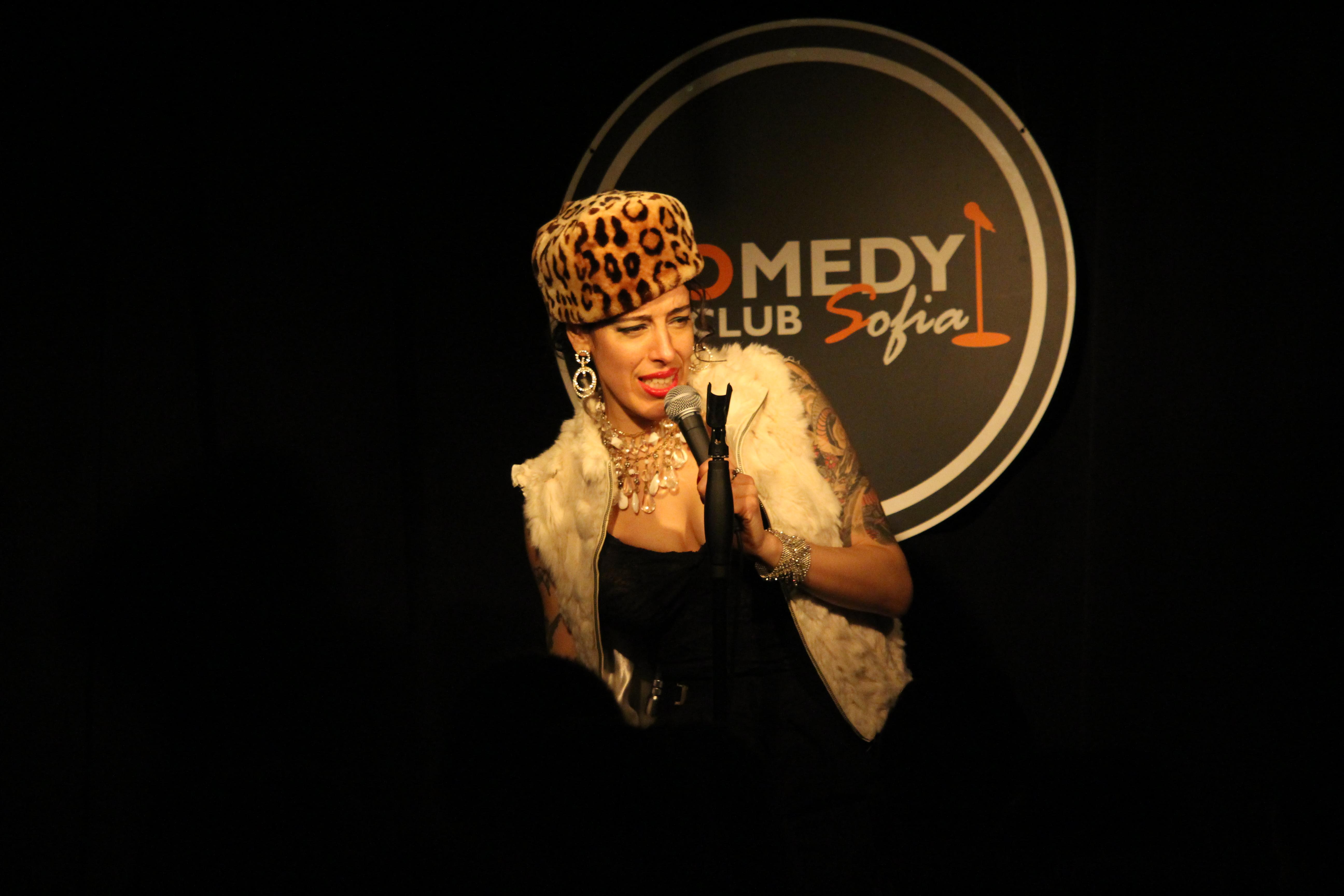 стендъп комеди с Наташа в Комеди Клуба