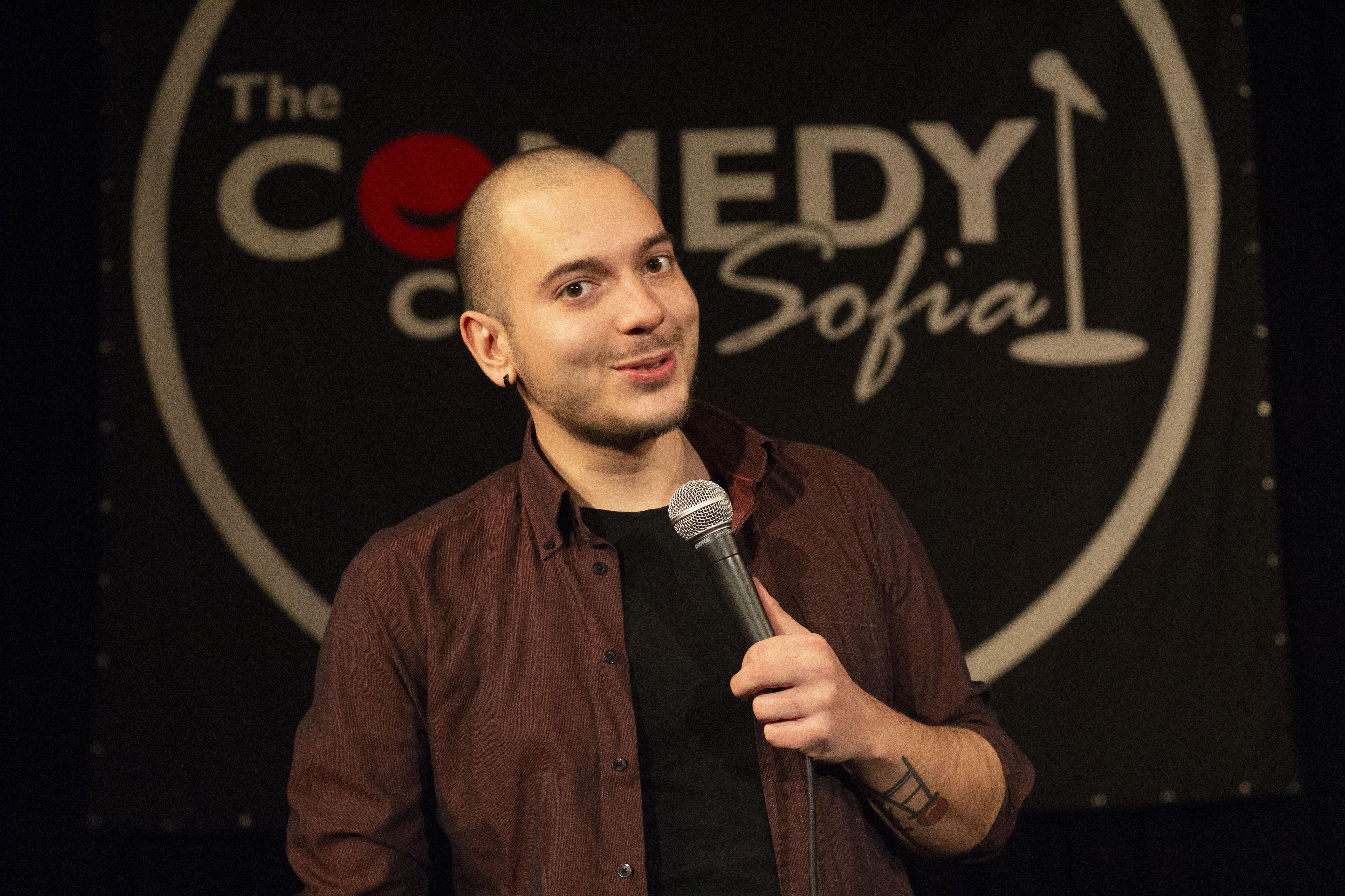 stand up comedy комеди клуб софия стендъп комедия николаос